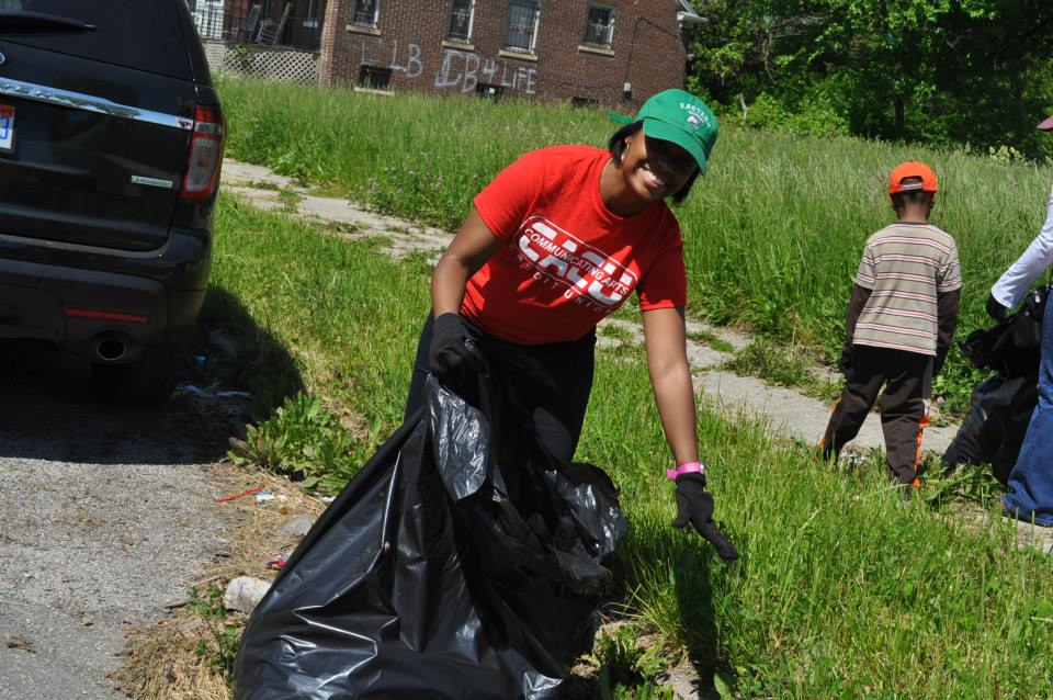 Jennifer L. Montgomery Highland Park Clean Up.jpg