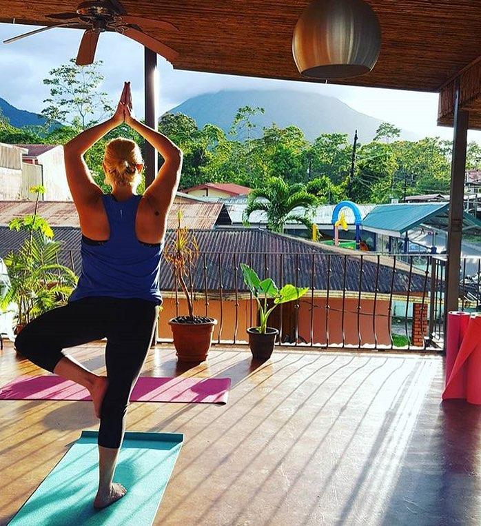 yoga_b.jpg