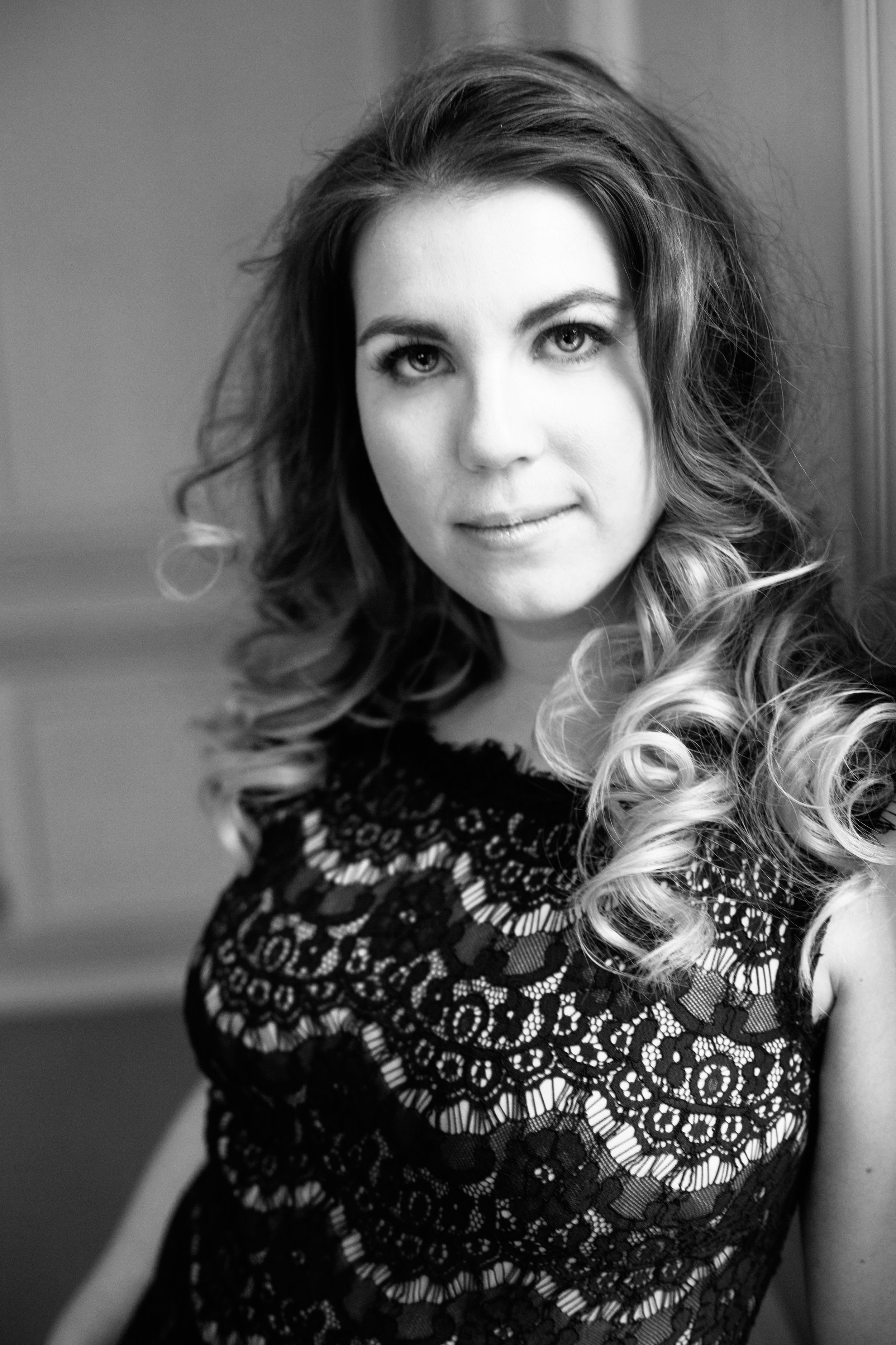 portrait - destination - queen branding - next level portraiture for business owners
