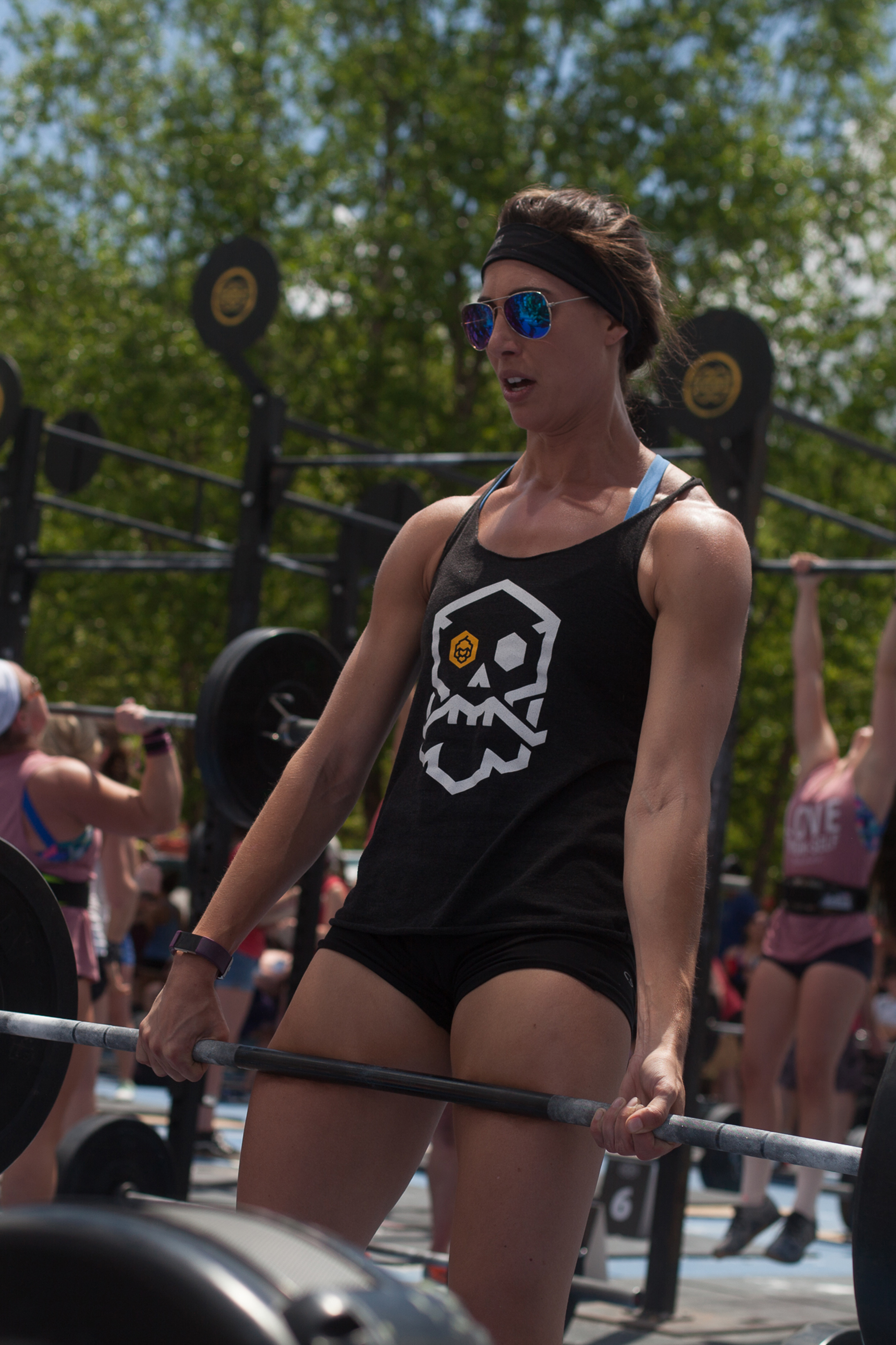 deadlift - women who compete - gorgeous and athletic