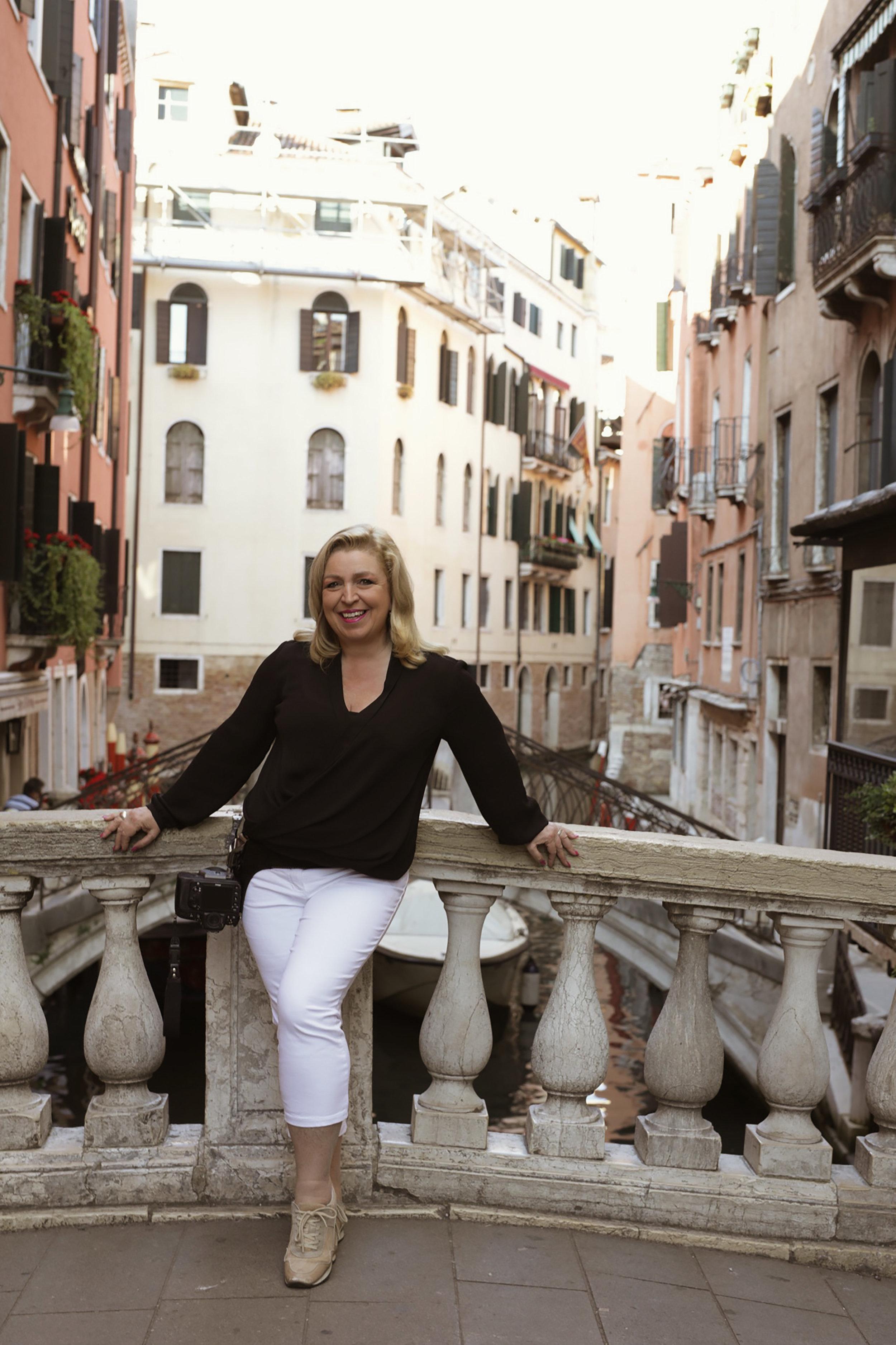 branding for photographers - portrait - destination - travel - Venice Italy