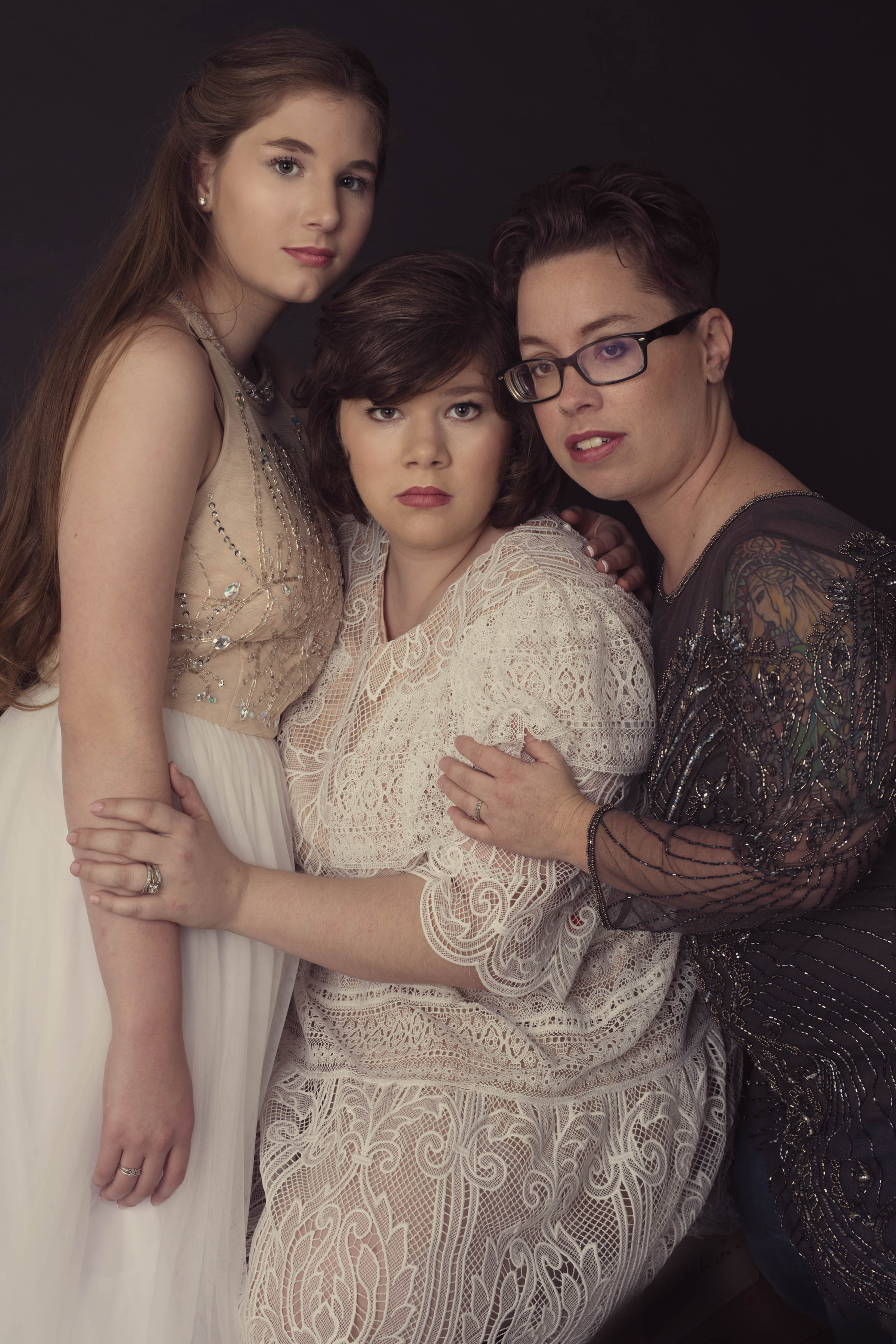 portrait of sisters-photography in Wnc-studio 828 photography