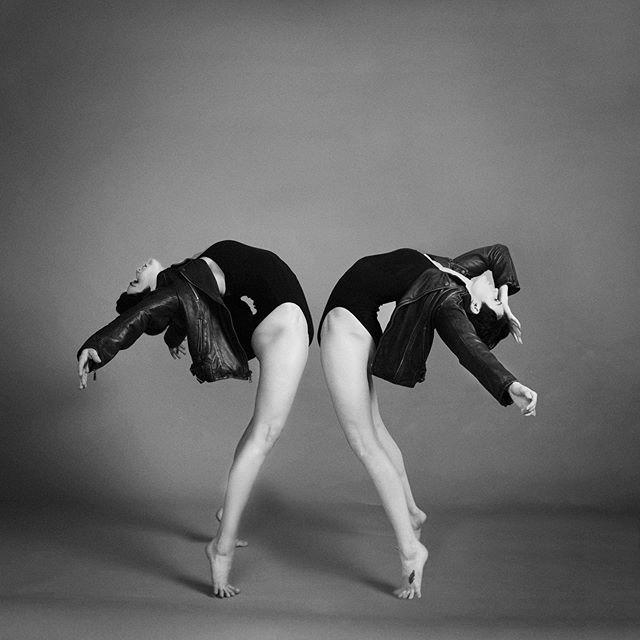 Duality. Gemini. Enthusiasm or is it Passion? How does your heart strike the world? MUSE: @_rebeccablake PHOTOGRAPHER: @catfordcoates HAIR AND MAKEUP: @gorgeousbymandynicole #shotbtcat #danceportraiture #contemporarydancer #storytelling #visualstory #gemini #duality #pursuitofportraits #suebryceeducation #portraitmood #discover_portrait #myexposureedit #elinchrom #canonphotographer #photostudio #photoshoot #legacy #leaveyourlegacy #catfordcoates #studio828photography