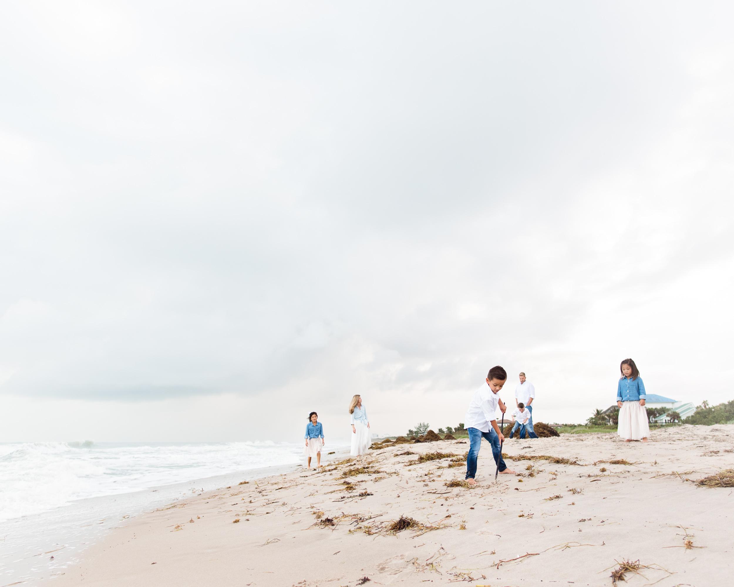 vero-beach-family-photographer-beach-session06.jpg