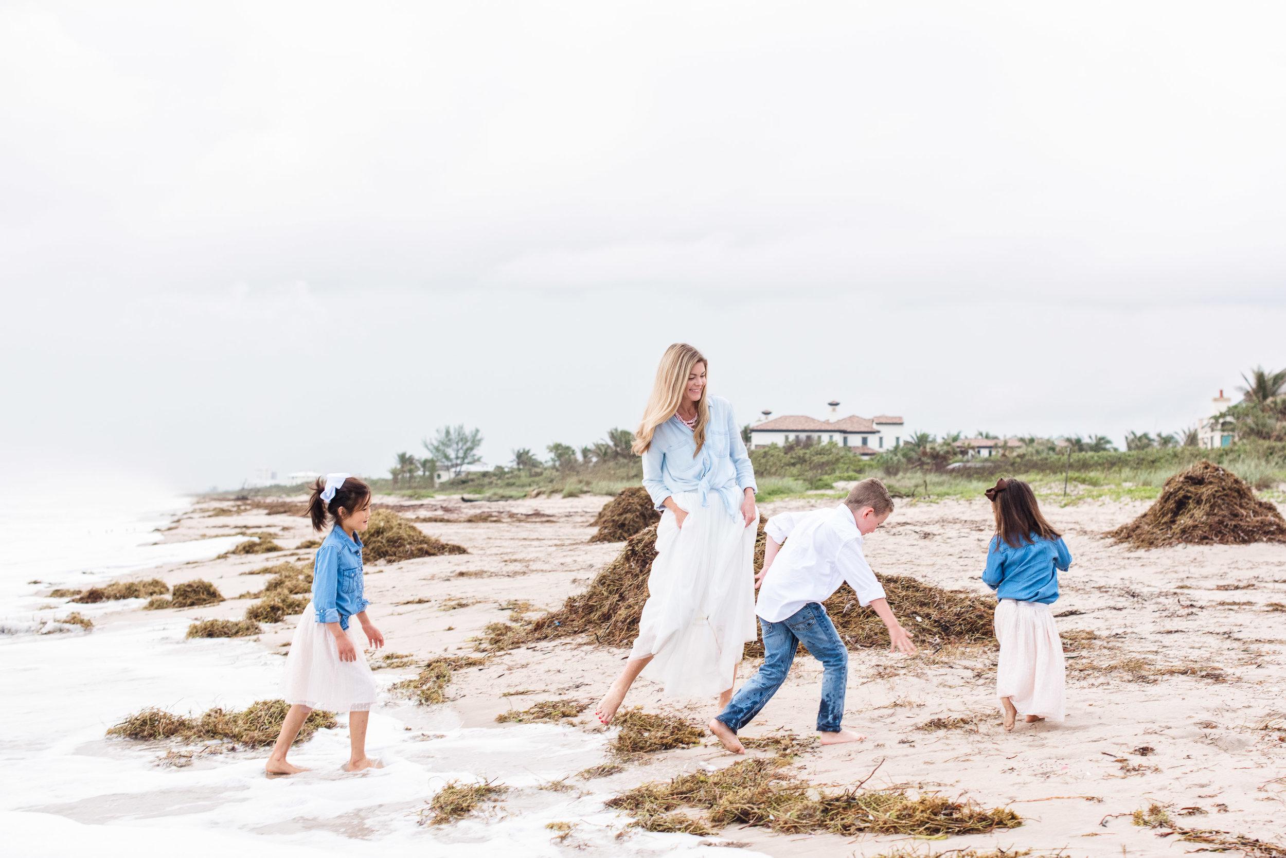 vero-beach-family-photographer-beach-session10.jpg