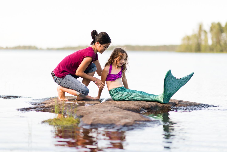 finland-mermaid-on-lake-behind-scenes.jpg