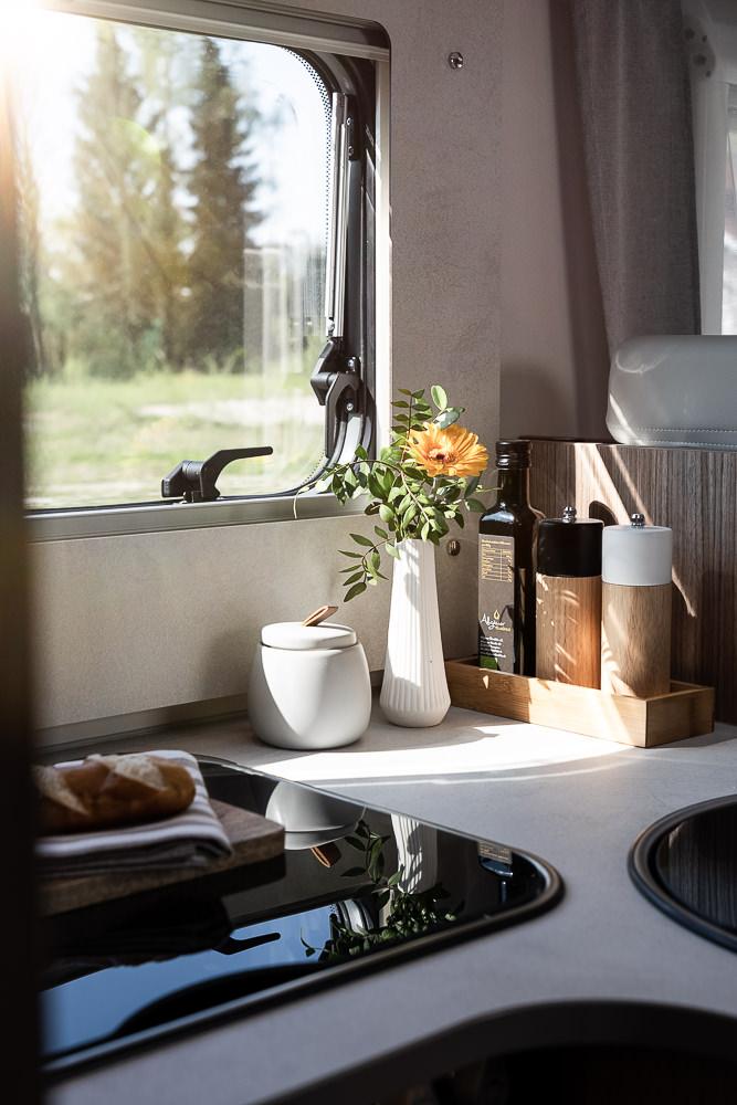 Küchenfensterverkleidung