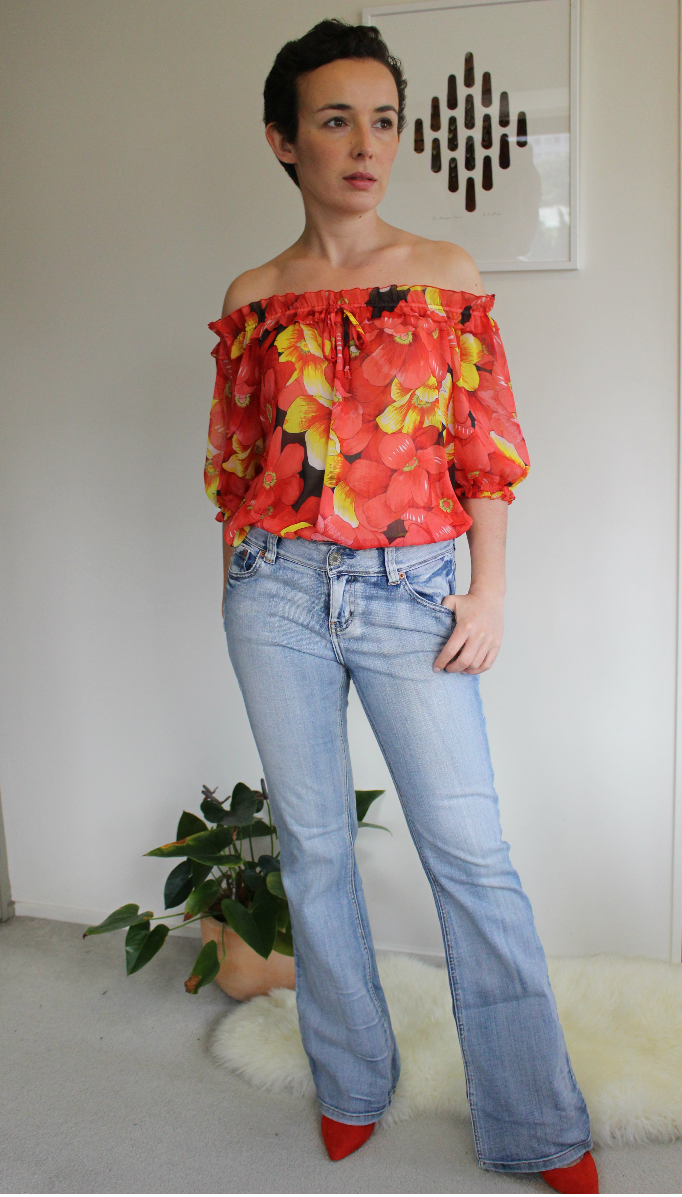 Jeans: Jay Jays via SaveMart, Blouse: no label via a rack on the street in Greytown!