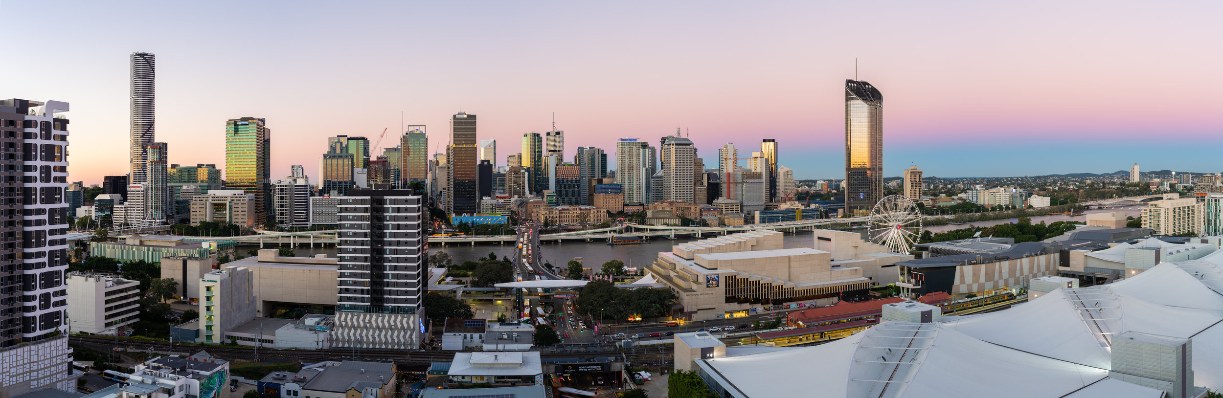 Panorama of the Brisbane skyline from South Brisbane