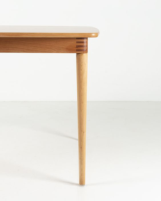 dining table_3_thomasmoser.jpg