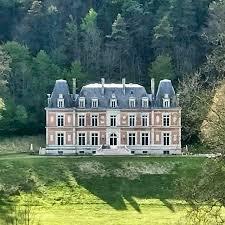 "Chateau d""Orquevaux France"