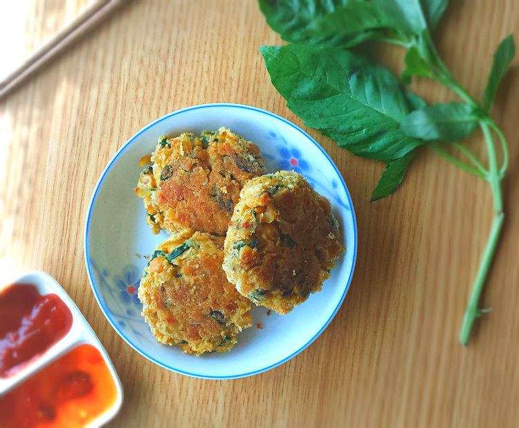 CHICKPEA SPINACH COCONUT FRITTERS