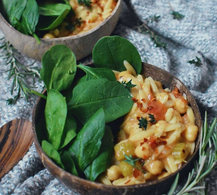 CHICKPEA ORZO SPINACH SOUP