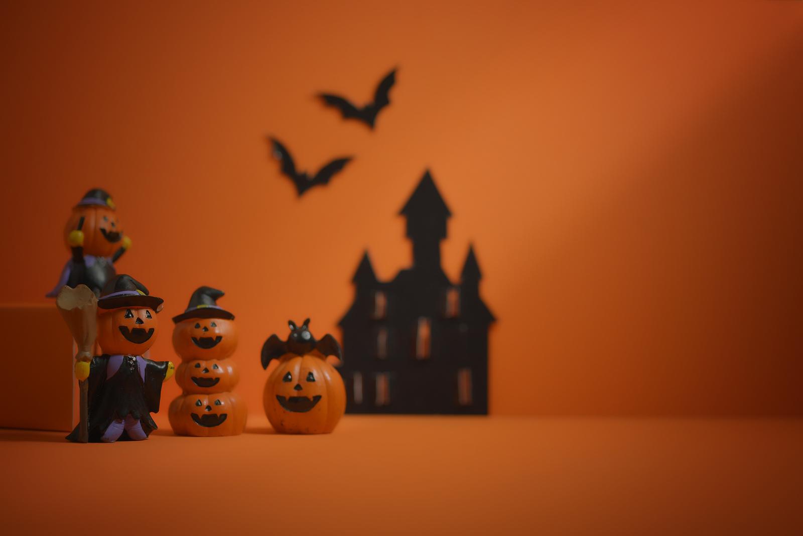 bigstock--203725060 pumpkin seeds.jpg