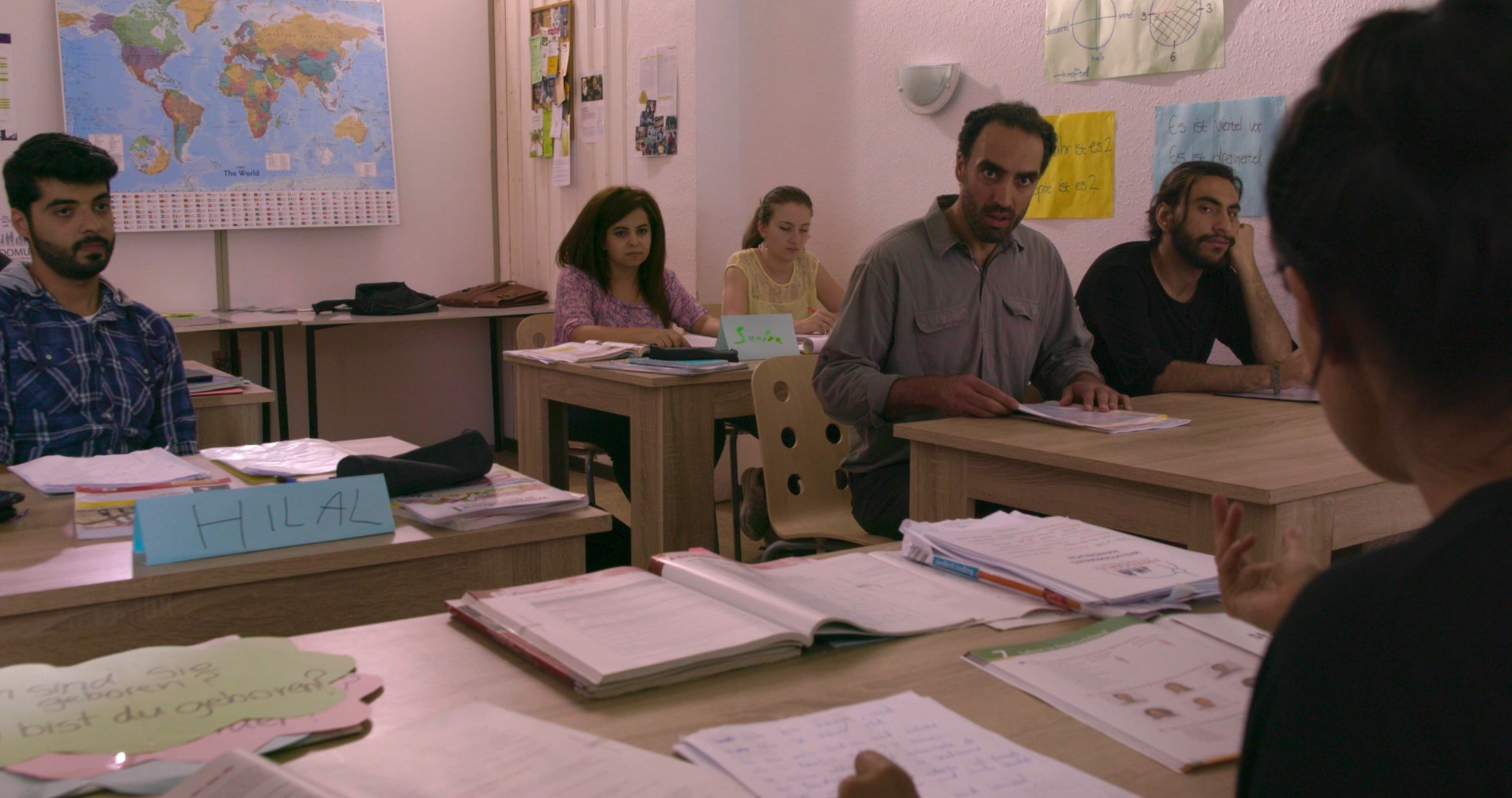 German language classroom scene