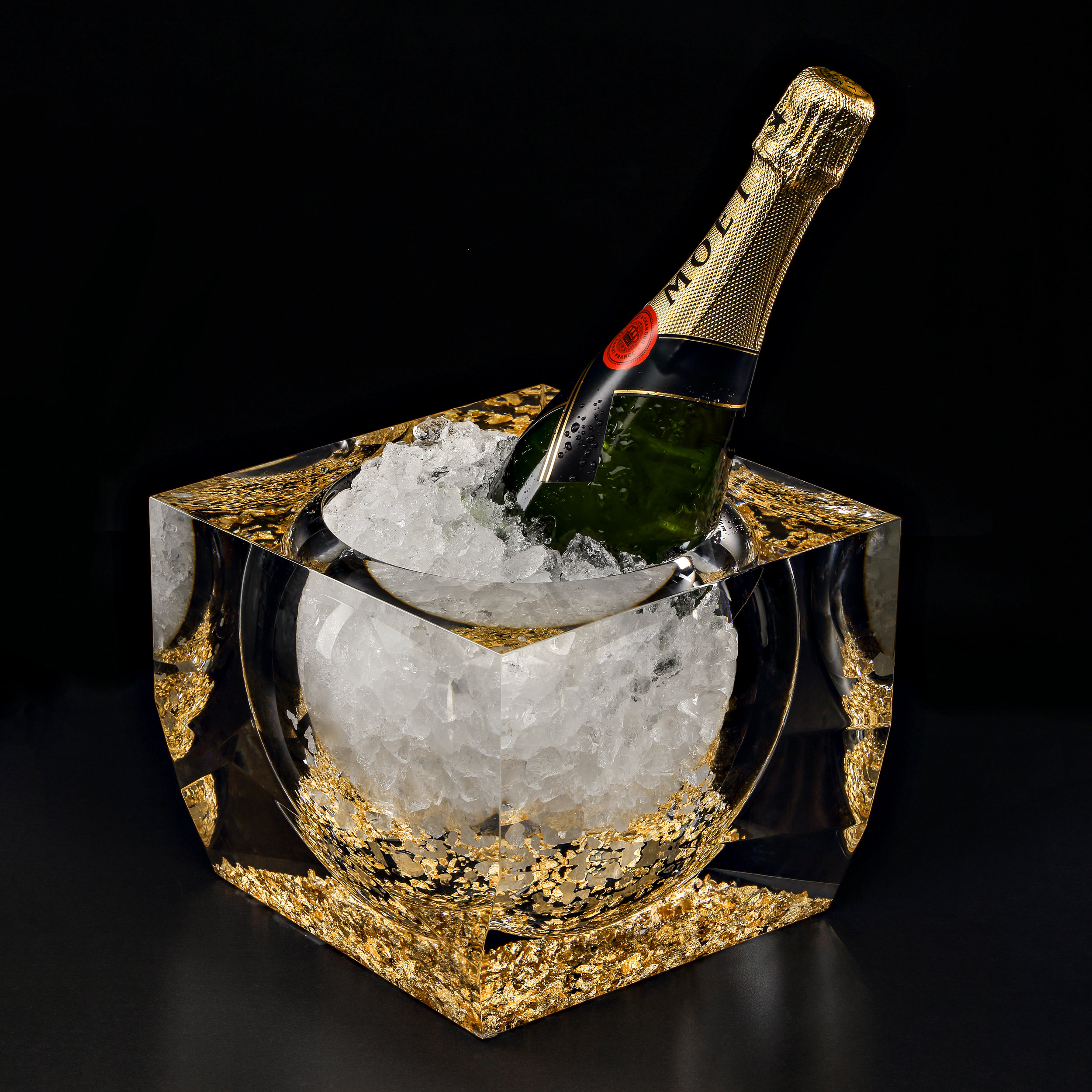 GOLD AND ACRYLIC GLASS CHAMPAGNE COOLER  £1,335