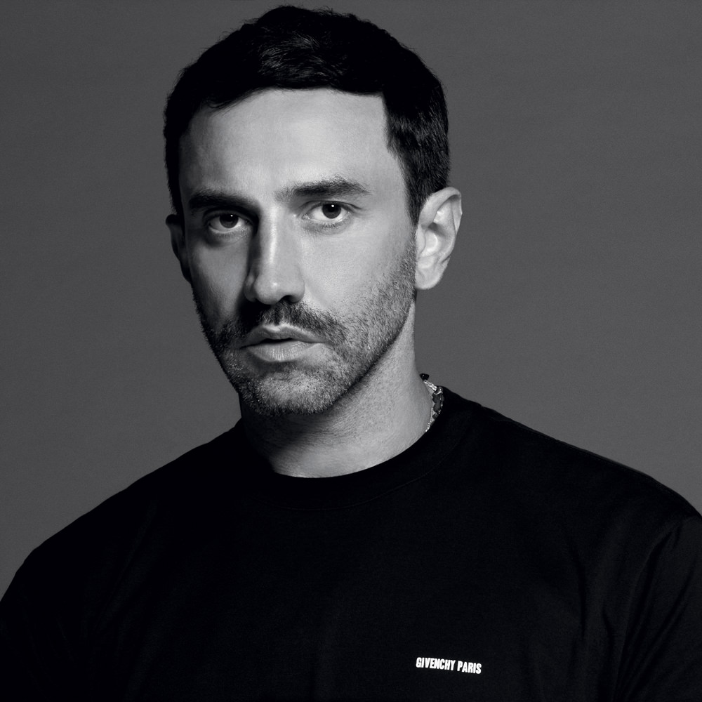 "<a href=""http://www.thefader.com/2014/03/20/interview-riccardo-tisci-on-his-new-nike-collaboration"" target=""_BlanK"">FADER</a>"