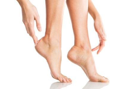 41263246_S_woman_feet_high_arches_.jpg