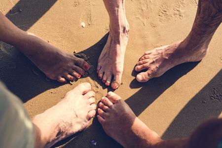 110548691_S_senior_feet_men_woman_old.jpg