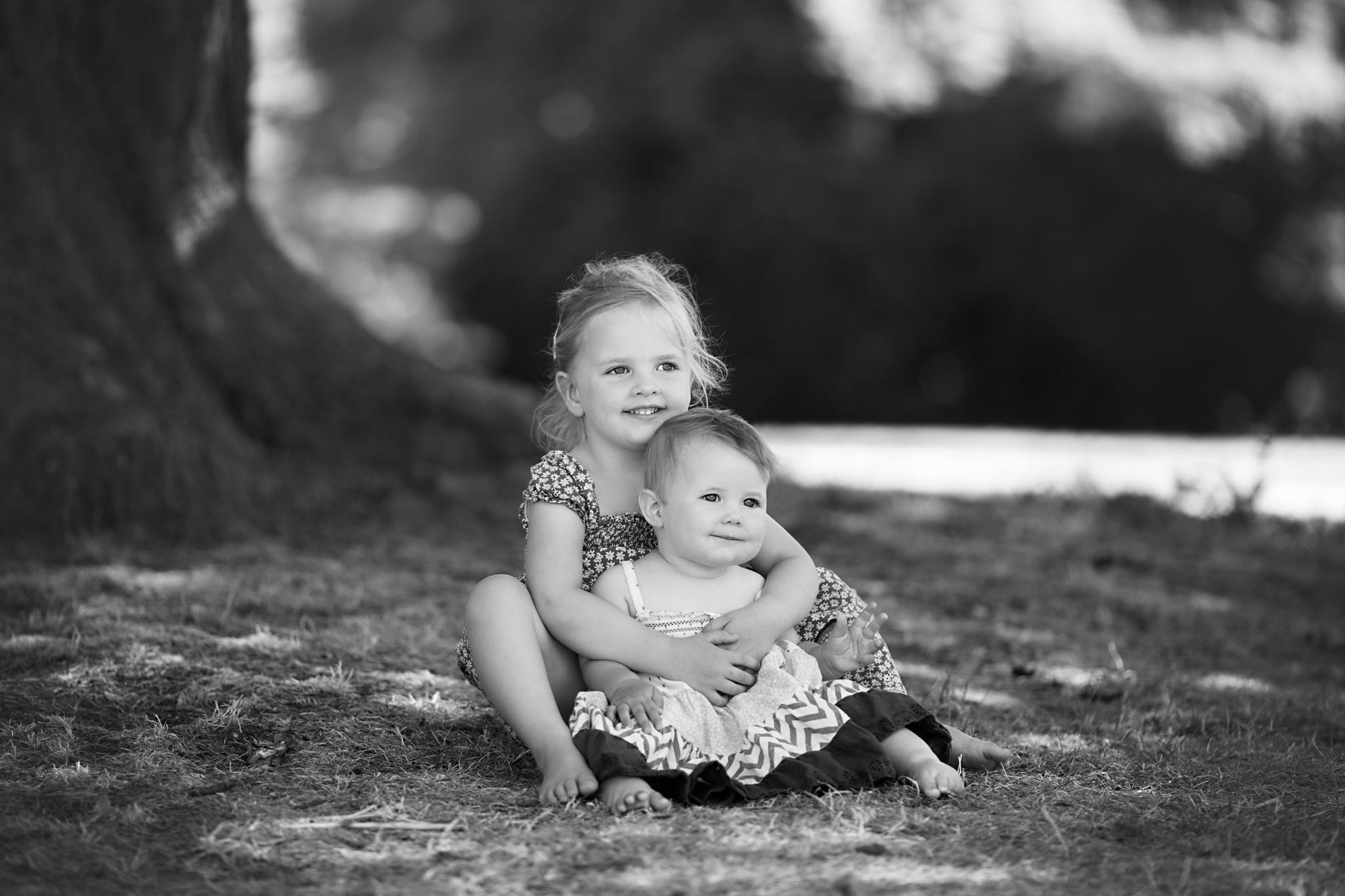 Sisters - Milton Keynes Photographer.jpg
