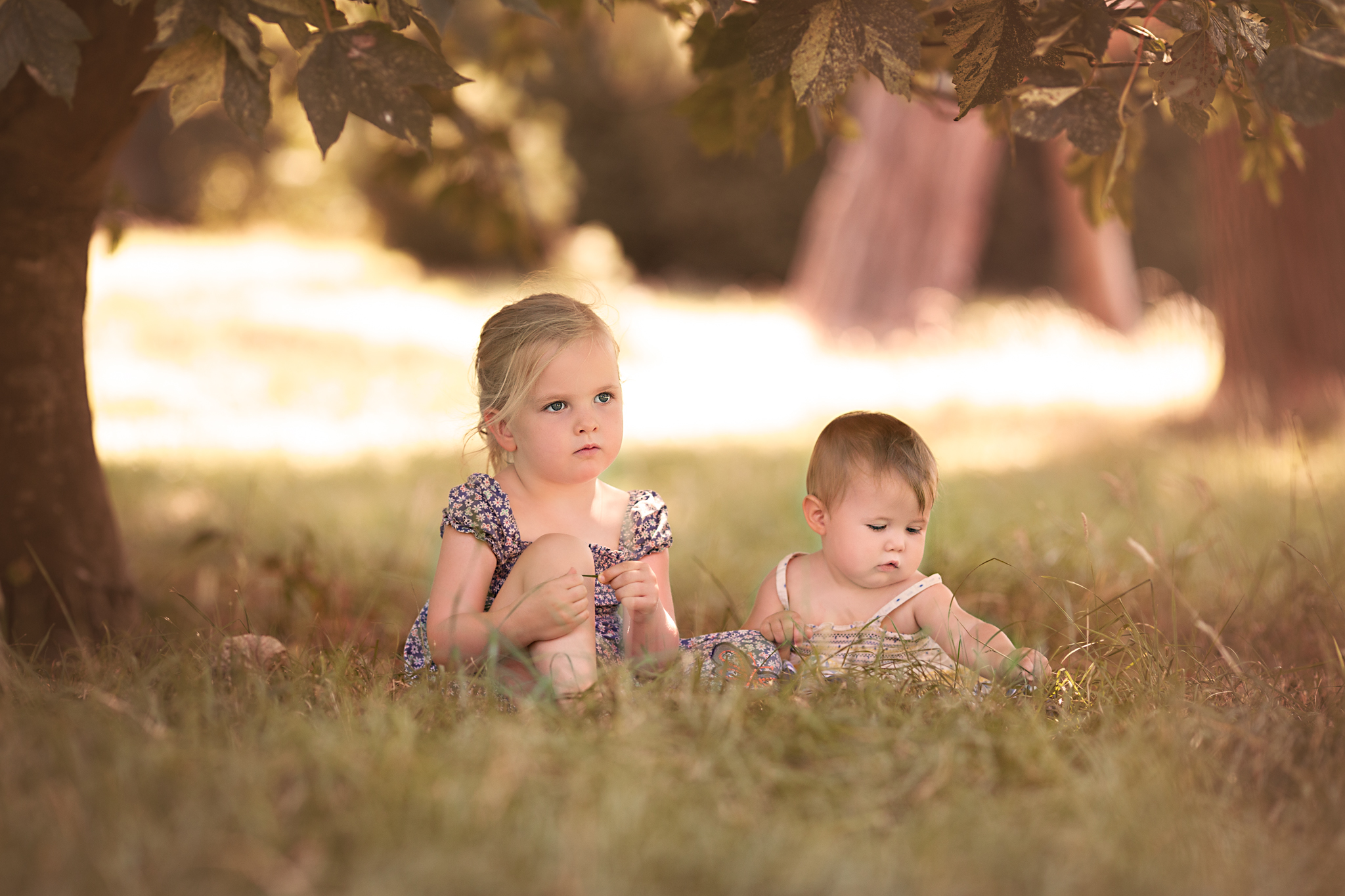 Sisters - Bedford Child Portrait Photographer.jpg