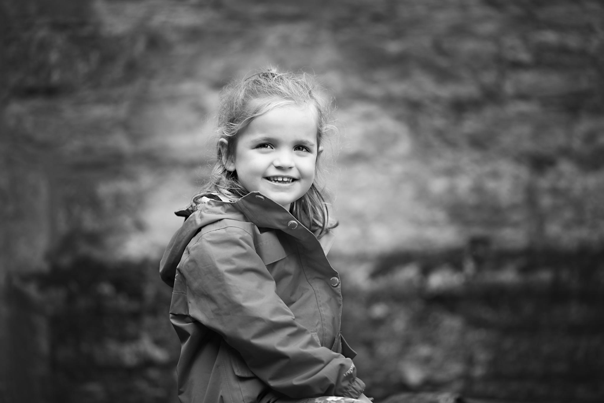 Bedford Family Photographer - Turvey Preschooljpg