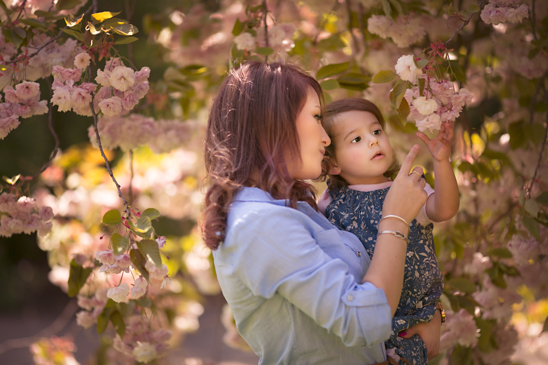 Mum and dughter amongst the blossom - Olney Photographer.jpg