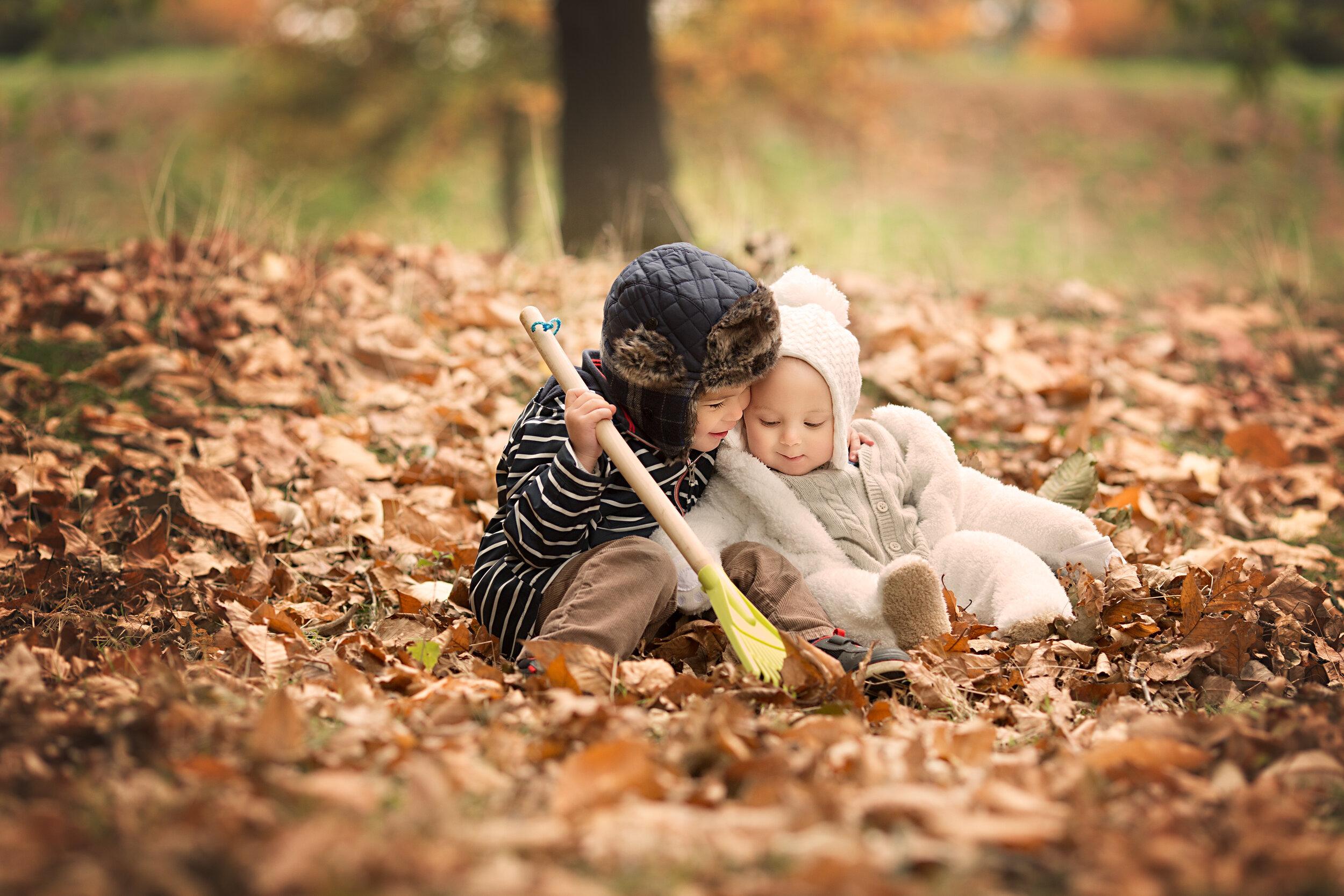 Autumn Family Photoshoot - Ampthill Park.jpg
