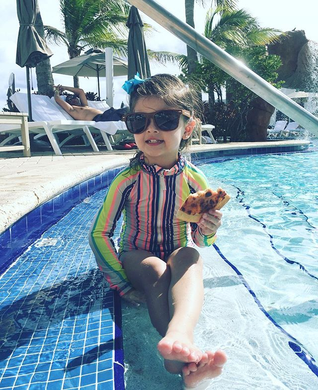 For a three year old, life is perfect. #pizzababy #heyjetsetbaby #trumpresort