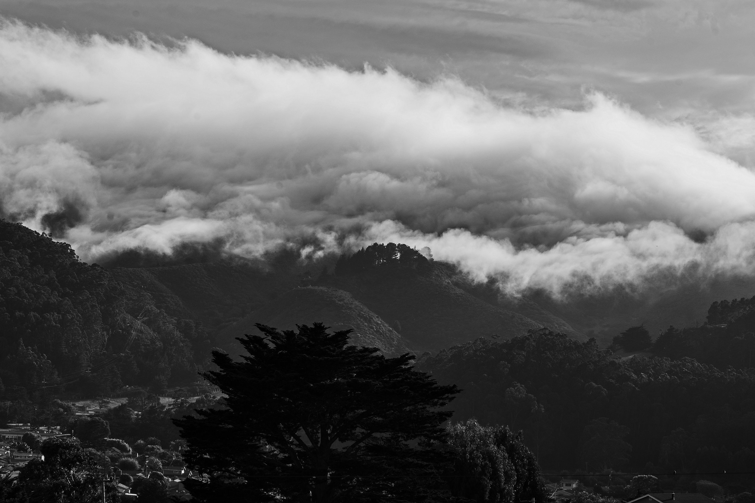 Clouds-over-Montara-mts.jpg