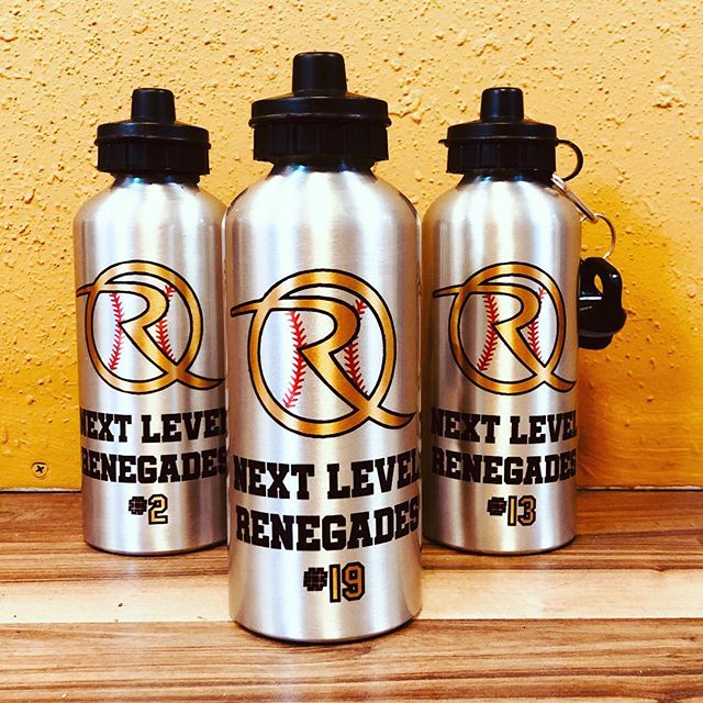 Full color water bottles. What a great way to show team spirit. #allabouttrophies #newmexico #smallbusiness #supportsmallbusiness #specialoccasion #basketball #baseball #football #tennis #volleyball #hockey #track #lacrosse #soccer #engraving #sublimation #laser #505 #akasatrophy #dukecity #albuquerque #trophy #award #gifts #specialoccassion