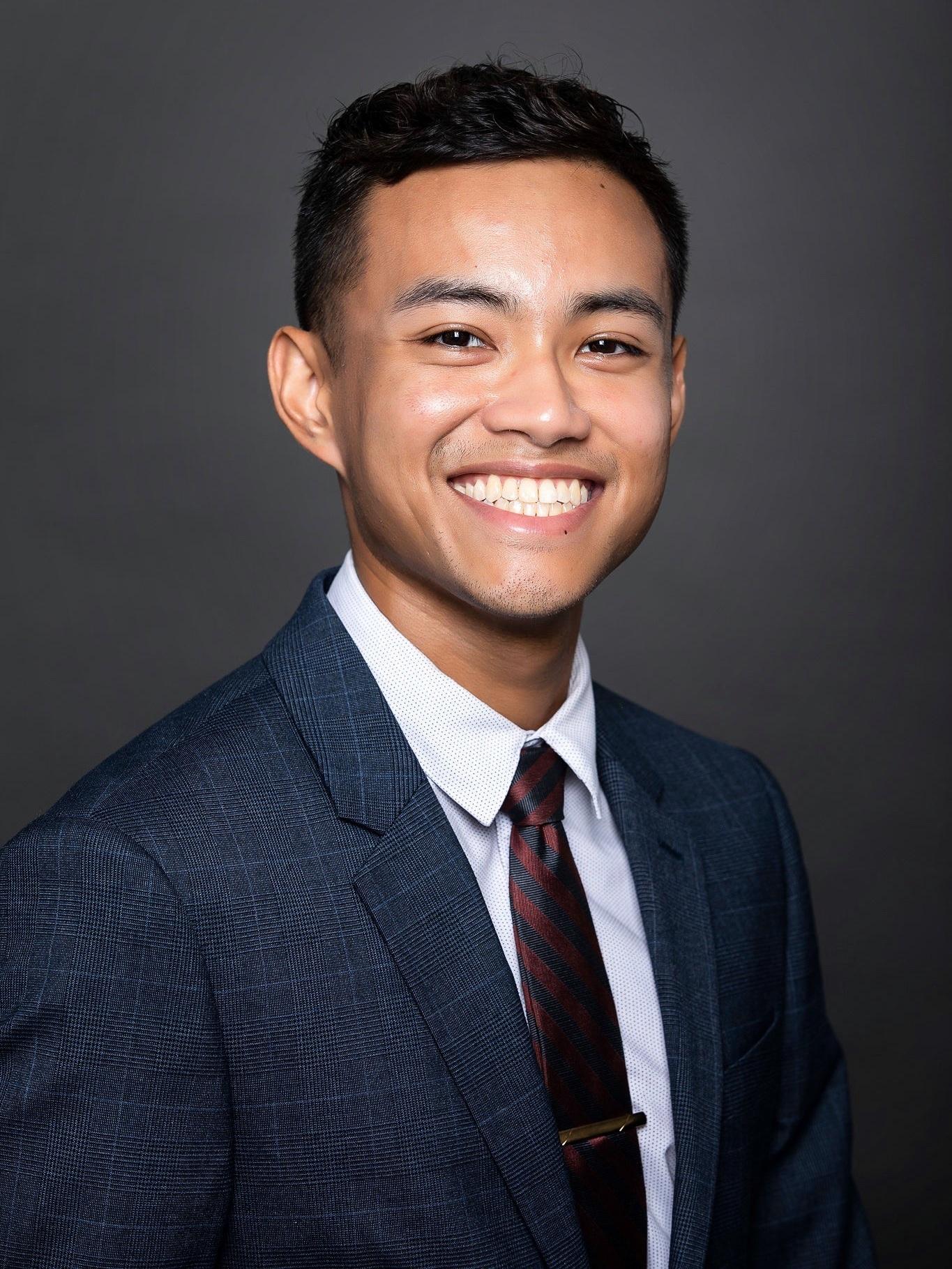 John Carlo Luna, BA - Business Insights Consultant, South Bay (Torrance)