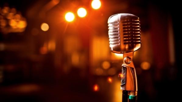 mic 3.jpg