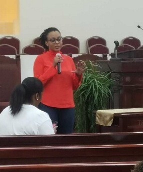 February 17, 2018: Attorney Tatiauna Holland discussing the intersection of immigration law and criminal law issues at the Conversation With the Candidate: Legal Seminar & Town Hall at Van Fleet Greater New Baptist Church in Houston, Texas.