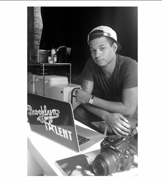 Brand Director Raeshon Roberson (@brandedbyrae)