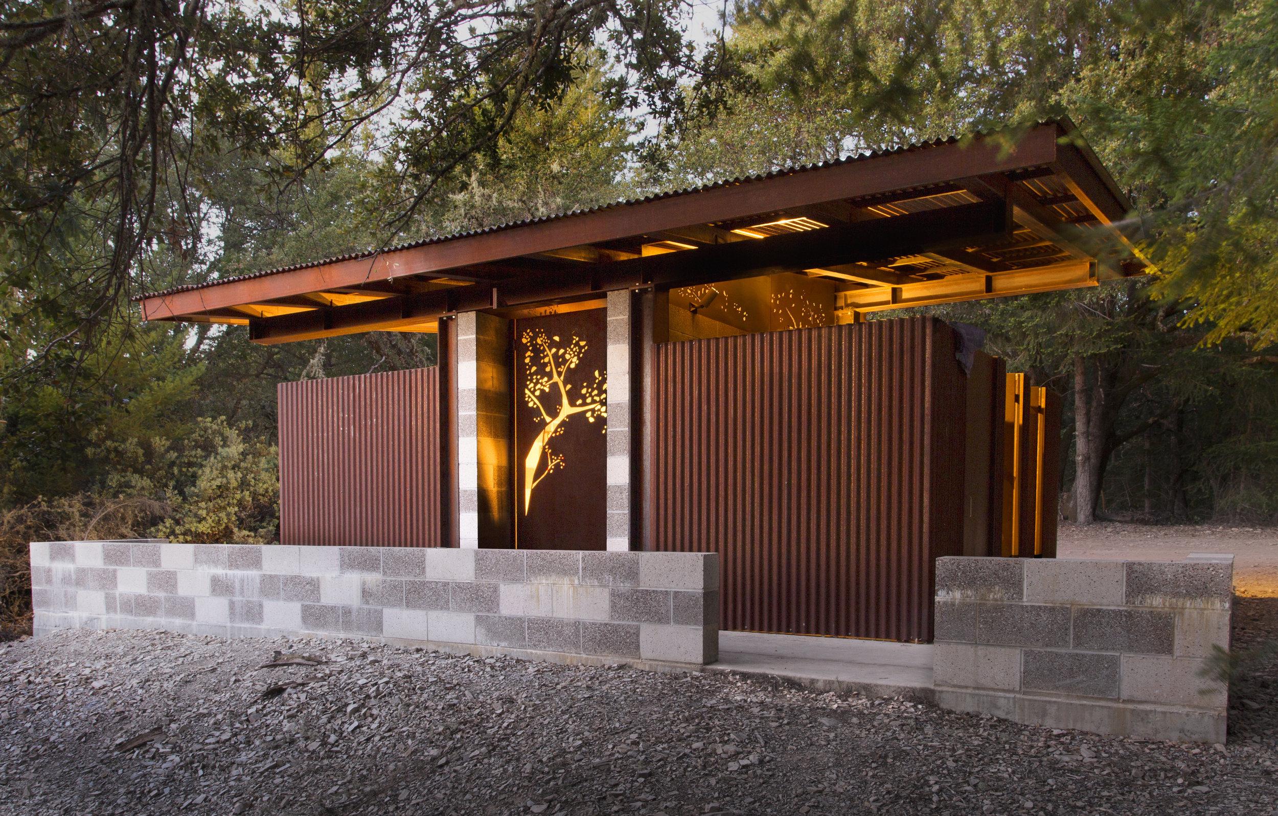 Steel Bathroom Santa Cruz