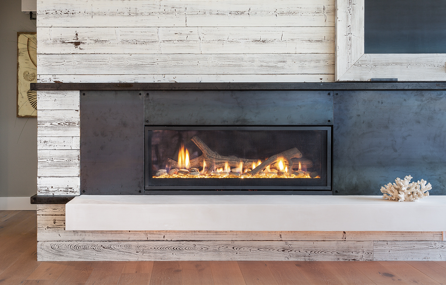 Capo Fireside fireplace in Santa Cruz, California Fuse