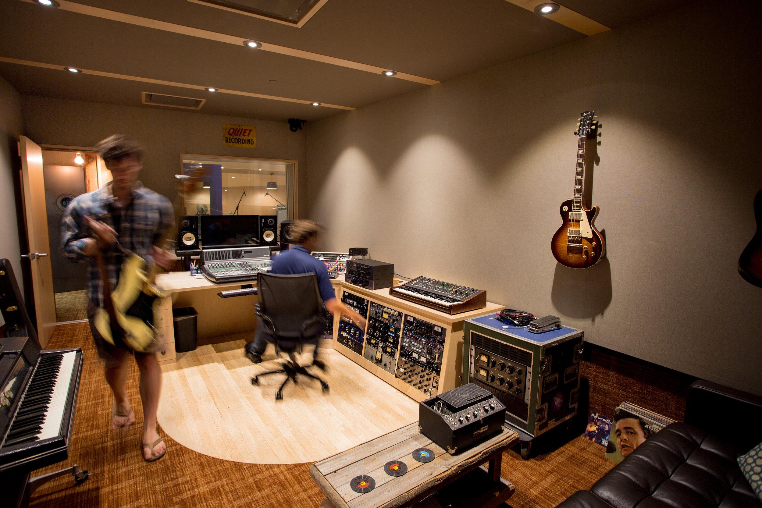 Universal Audio Recording Interior Design