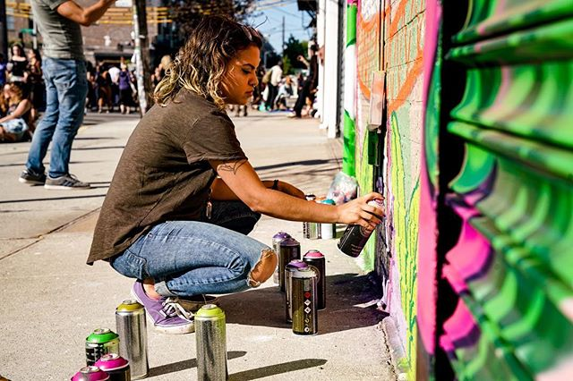 Sprayin' | Bushwick Collective Block Party | Brooklyn, NY | 2017 . . . . . #bushwick #bushwickcollective #graffiti #graffitiart #purple #green #brookyln #art #sony #sonya7rii #sonyalpha #jacobqberry #ccopypastaa #portabledvdplayer #photography #photoart