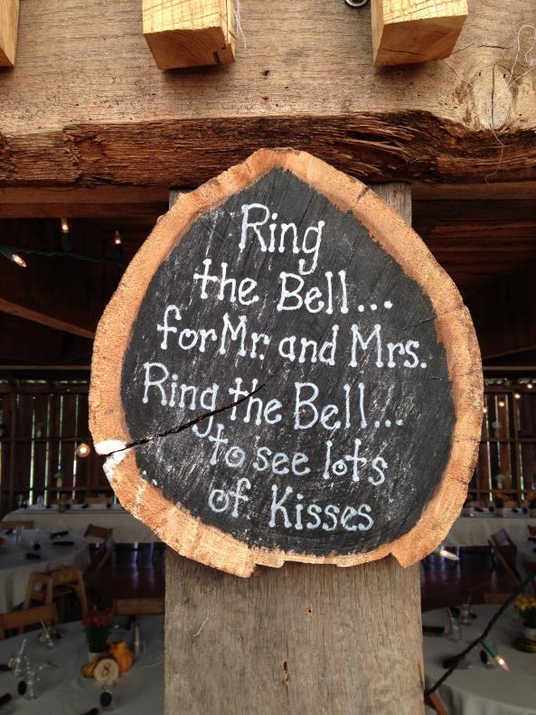 cute-bridal-kissing-rhyme.jpg