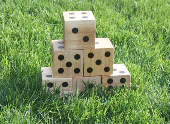 yard-dice-576x467.jpg