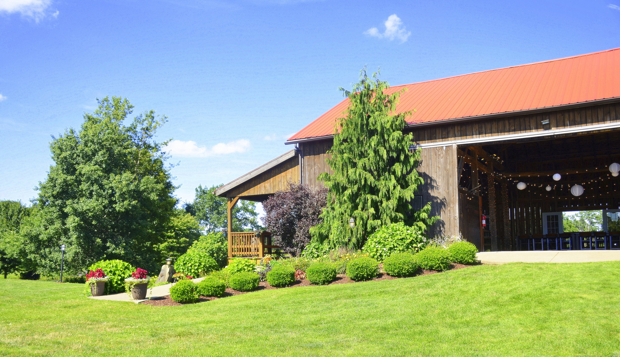 Armstrong+Farms_Barn3.jpg