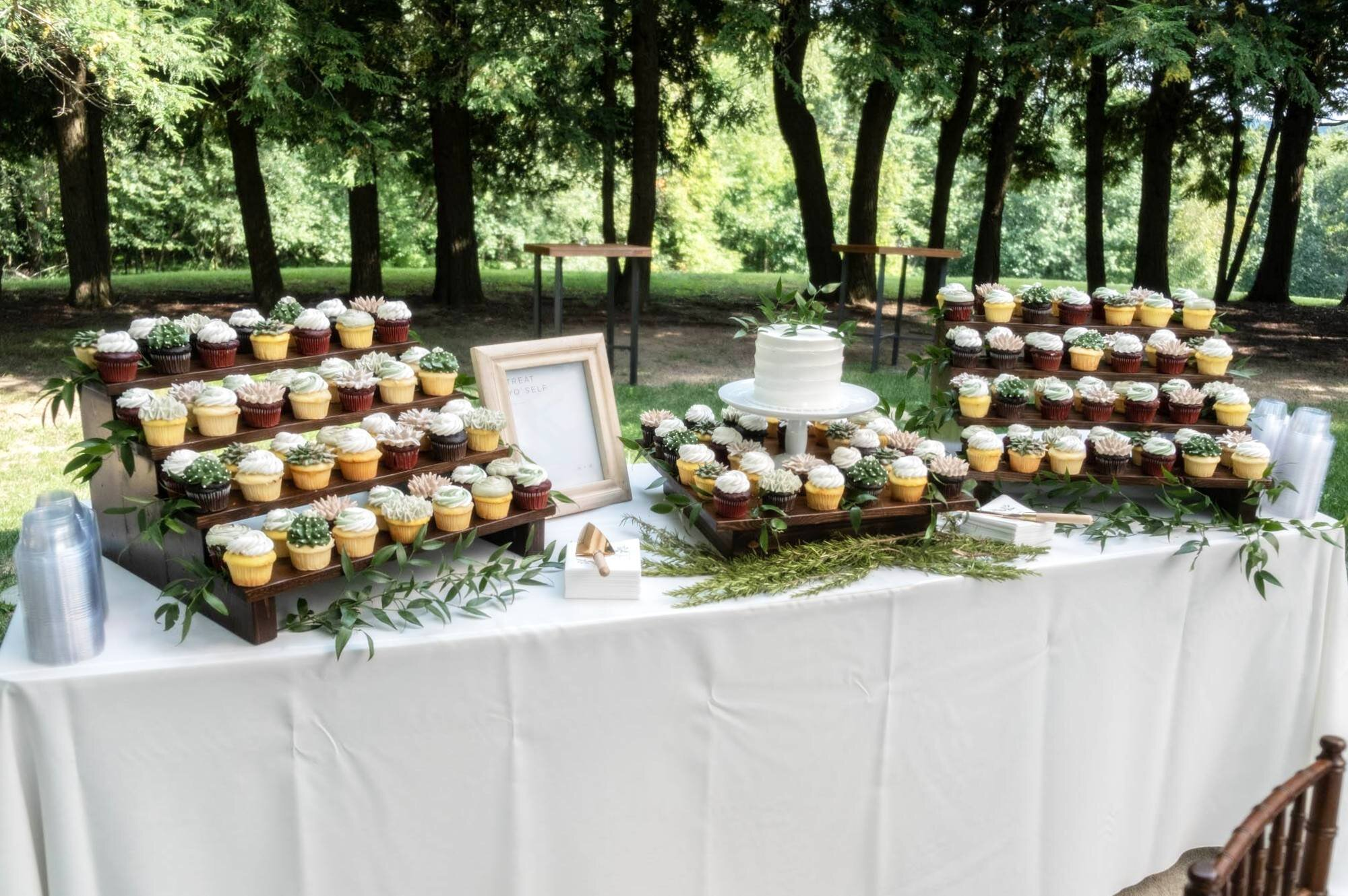 Hager Wedding_Cake Stands_2.jpg