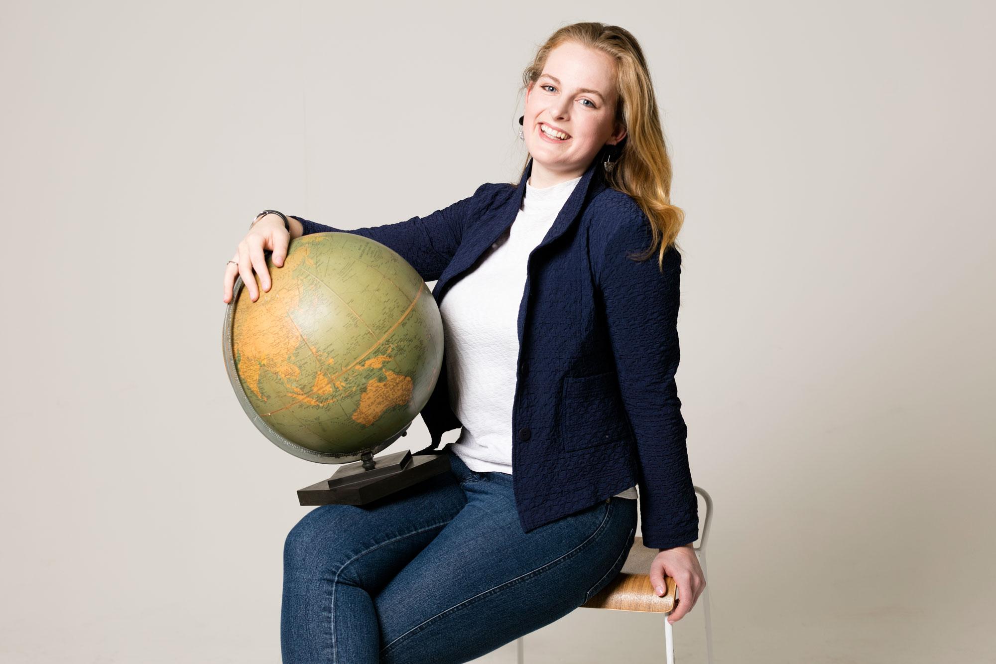 TWR-12-July-Start-Up-Stars-Girled-World-2000.jpg