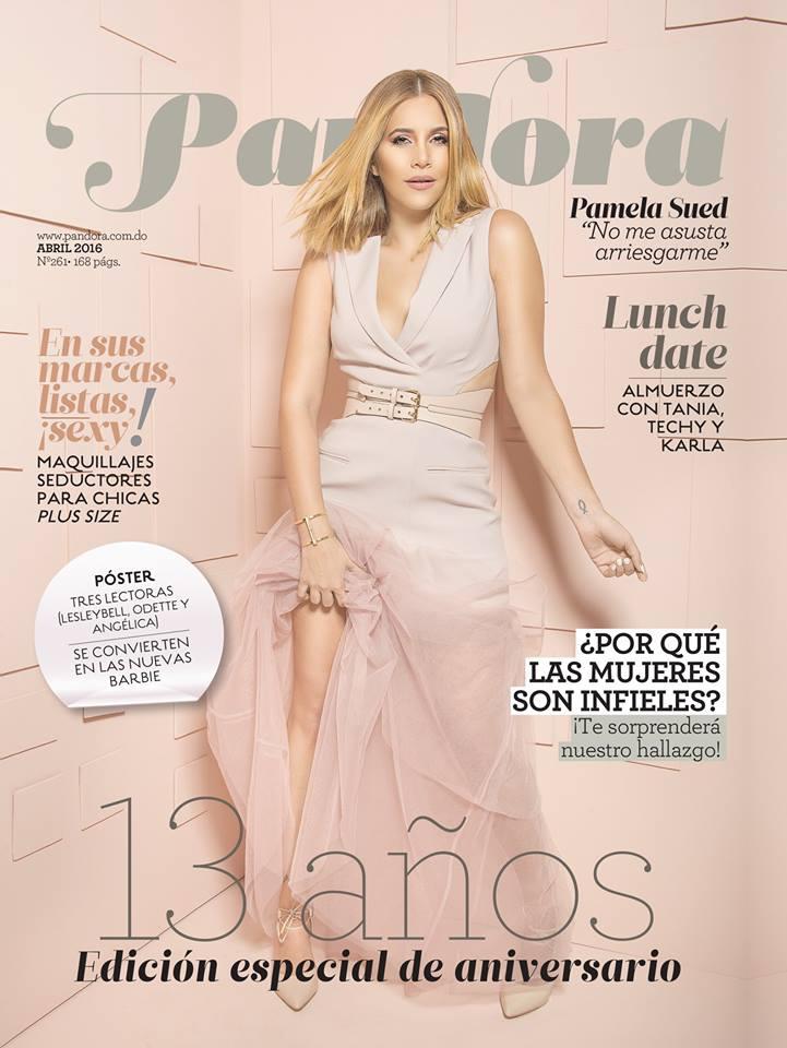 Pam Sued para la edición de 13ro aniversario de la revista Pandora.