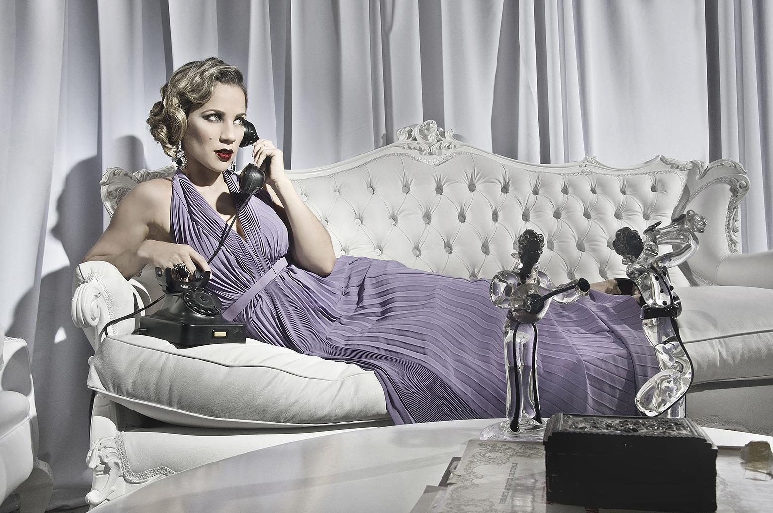 Karina Larrauri para la revista Mujer Unica. Marzo 2012.