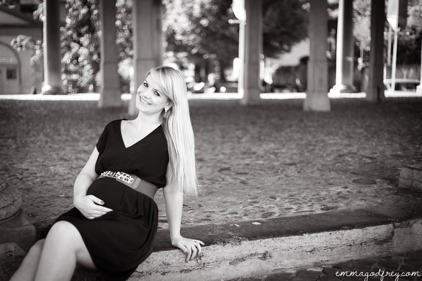 Maternity-portrait-Vevey-19Weeks_003.jpg