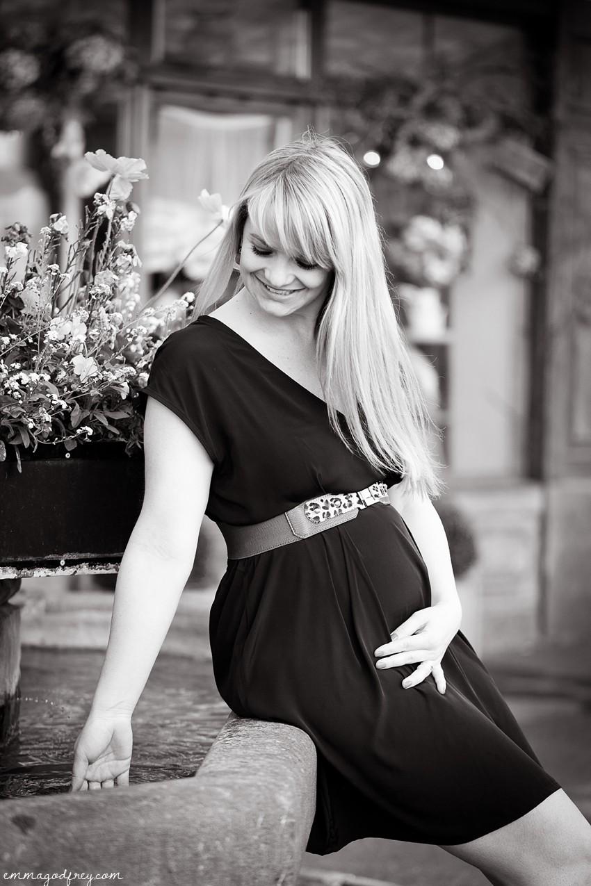 Maternity-portrait-Vevey-19Weeks_011.jpg