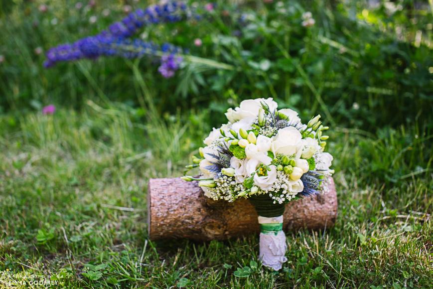 Outdoor-mountain-wedding-03.jpg