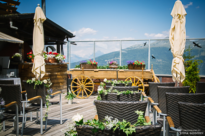 Outdoor-mountain-wedding-19.jpg